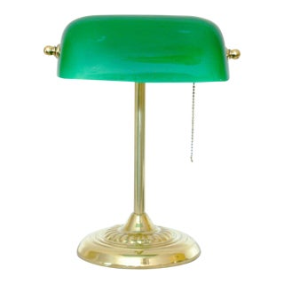 Mid-Century Vintage Green Glass Banker's Lamp For Sale