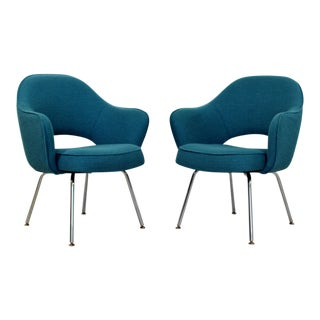Mid Century Modern Saarinen Knoll Sculptural Executive Office Chairs 1960s - A Pair For Sale