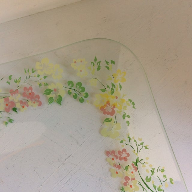 Green Glass Dorothy Thorpe California Wild Flower Square Serving Platter For Sale - Image 8 of 13