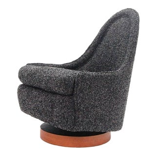 Petite Milo Baughman Chair in Italian Cashmere Boucle Fully Restored For Sale
