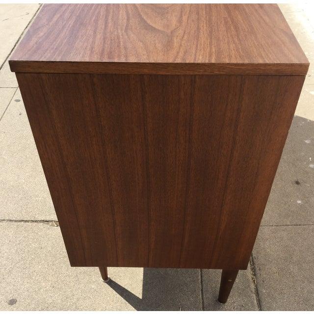 Bassett Mid Century Dresser - Image 5 of 5
