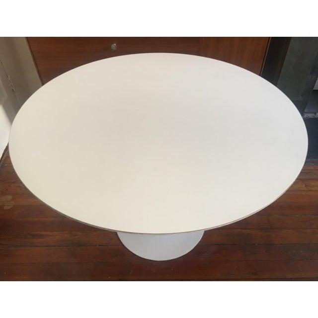 1960s 1960's Mid Century Modern Eero Saarinen for Knoll Associates Tulip Dining Table For Sale - Image 5 of 9