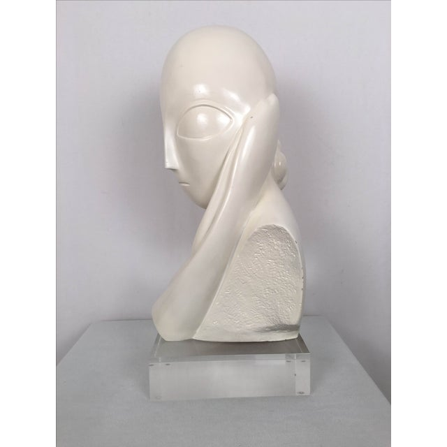 Vintage Mid-Century Alien Bust Sculpture on Lucite - Image 5 of 9