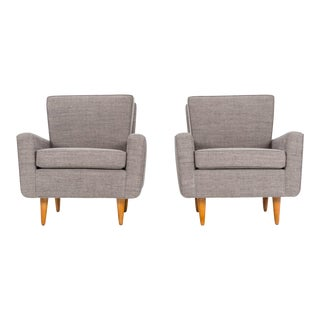 Pair of Florence Knoll Lounge Chairs For Sale
