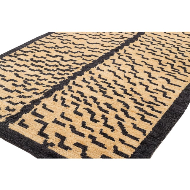 "2010s Tibetan Tiger Rug by Carini-2'11'x5'11"" For Sale - Image 5 of 7"