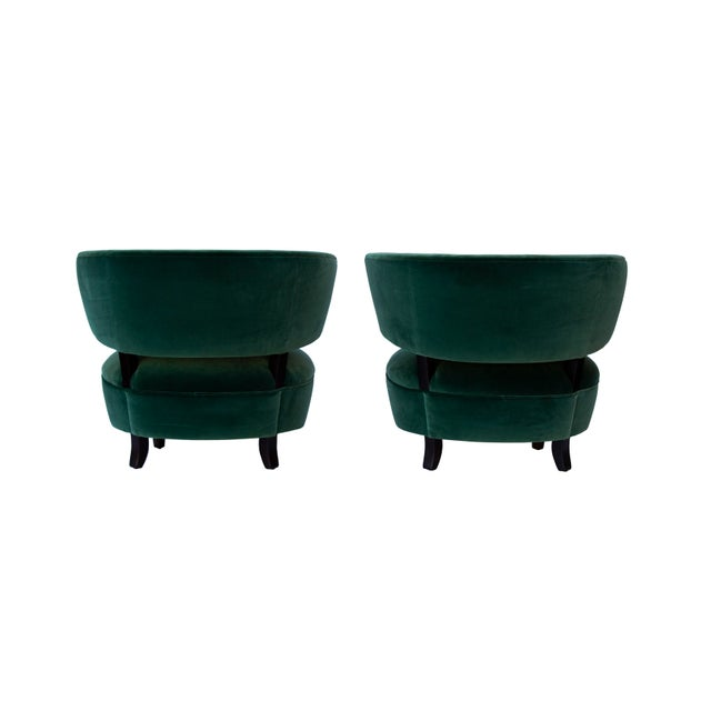 Pair of Emerald Green Velvet Channel Back Chairs After Billy Haines For Sale - Image 9 of 12