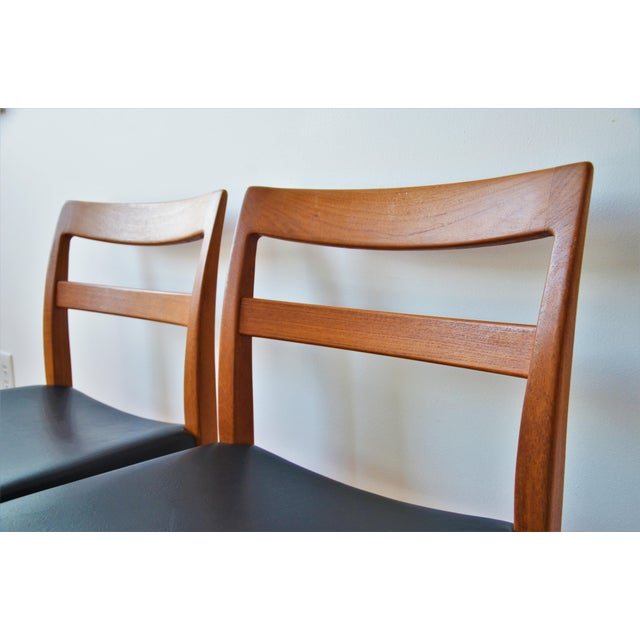 """Swedish Modern Teak """"Garmi"""" Dining Chairs by Nils Jonsson for Troeds - a Pair For Sale In Richmond - Image 6 of 11"""