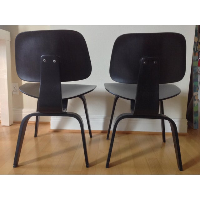 1940s Charles Eames Dcw for Evans Products Co. & Herman Miller - A Pair For Sale - Image 5 of 11