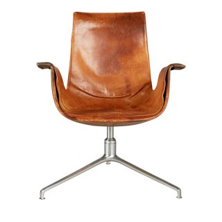 Distressed Leather Bird Chair by Preben Fabricius & Jørgen Kastholm for Alfred Kill For Sale