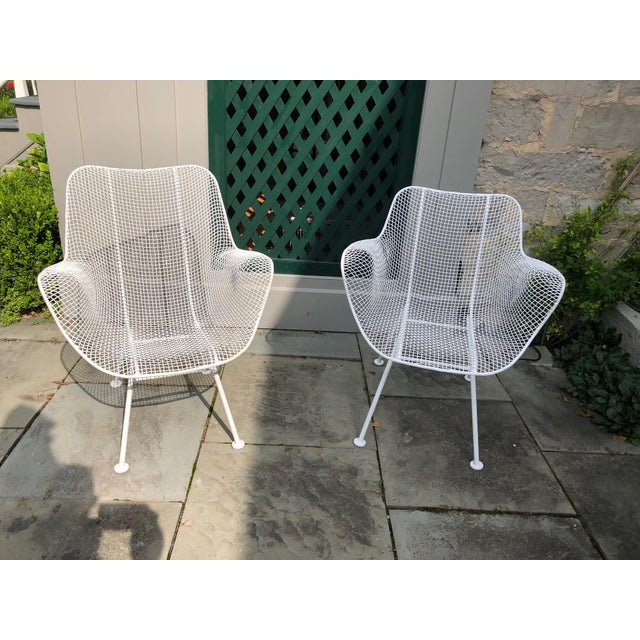 """Mid-Century Modern 1950s Woodard """"Sculptura"""" White Patio Chairs - a Pair For Sale - Image 3 of 14"""