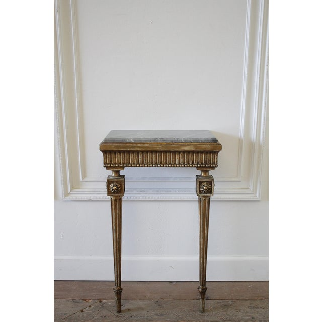 20th Century Louis XVI Style Petite Giltwood Wall Console Table With Stone Top For Sale In Los Angeles - Image 6 of 10