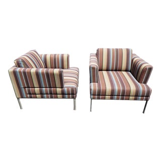 Modern Keilhauer Branden 2121 Lounge Chairs - a Pair For Sale