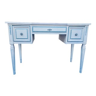 Vintage Dixie of Lexington Vanity For Sale