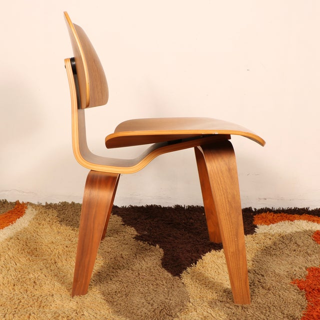 Eames Molded Dining Chair for Herman Miller - Image 5 of 11