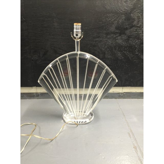 Van Teal Hollywood Regency Lucite Shell Lamp - Image 4 of 4