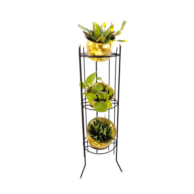 Mid-Century Atomic Era 3-Tier Metal Plant Stand ||Retro/Industrial Chic Black & Gold Tri-Level Vertical Tall Planter Stand || Sputnik Design For Sale - Image 10 of 11