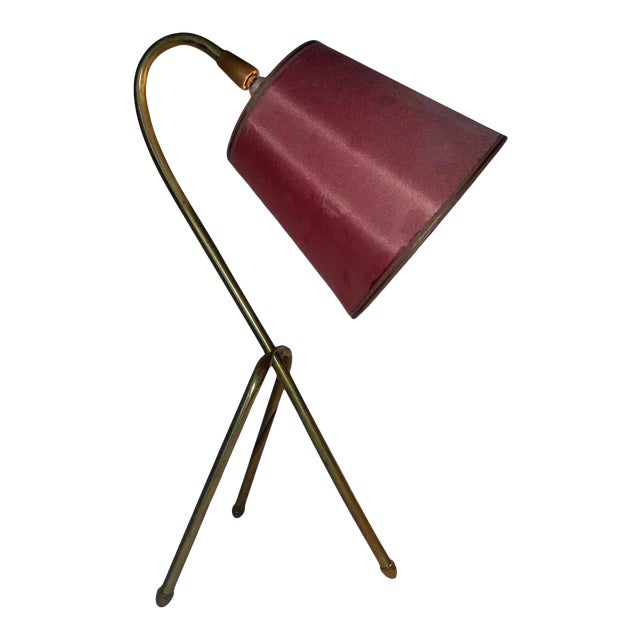 """Mid 20th Century French """"Cocotte"""" Style Brass Tripod Lamp With Original Shade For Sale"""