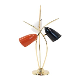 1960s Mid-Century Modern Lightolier Three-Arm Three Cone Brass Table Lamp For Sale