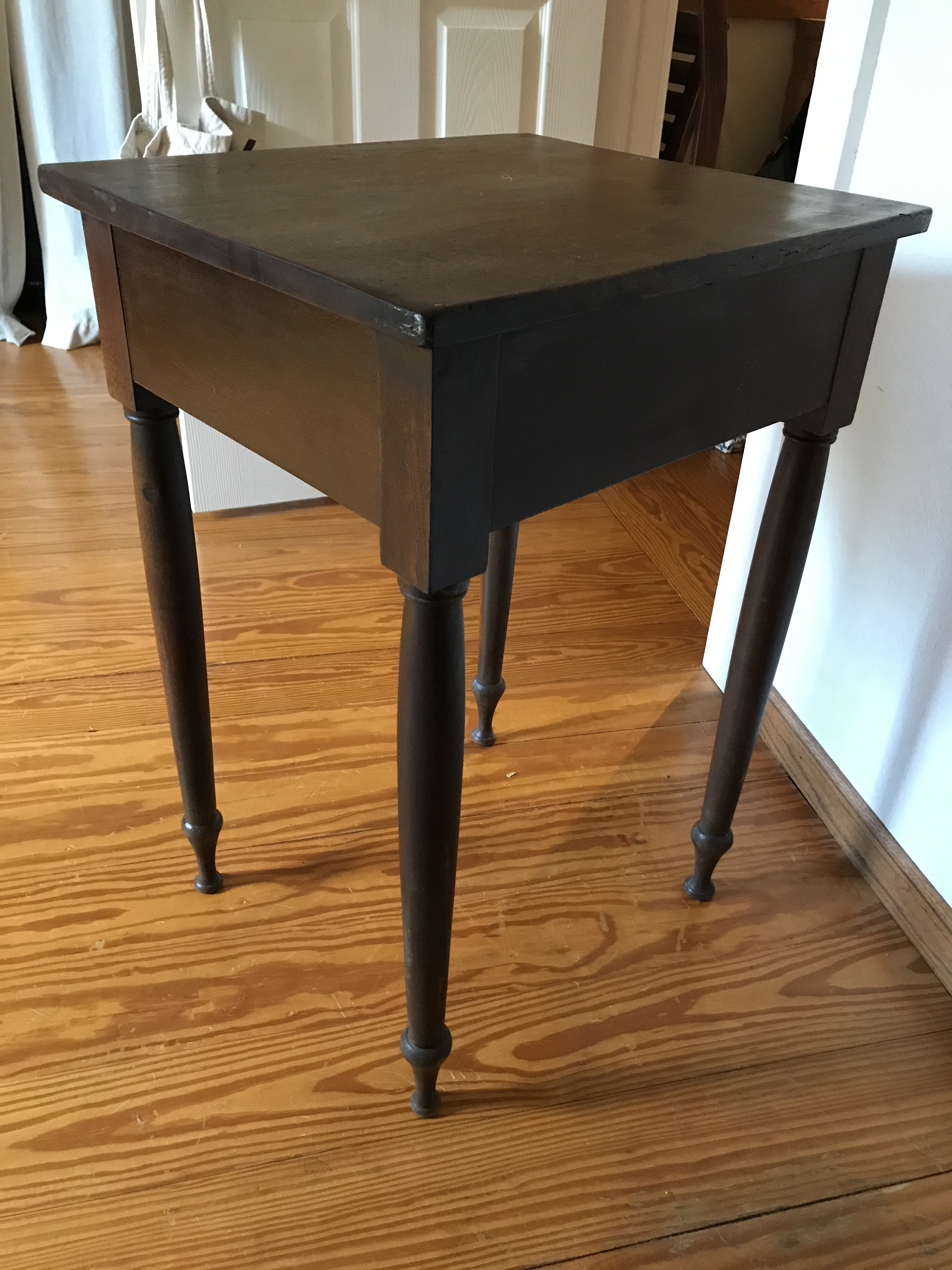 Superb Antique Handmade End Table   Image 4 Of 7