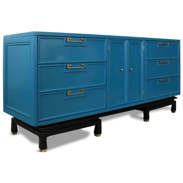 Asian 1970s Mid-Century Modern American of Martinsville Lowboy Dresser For Sale - Image 3 of 7