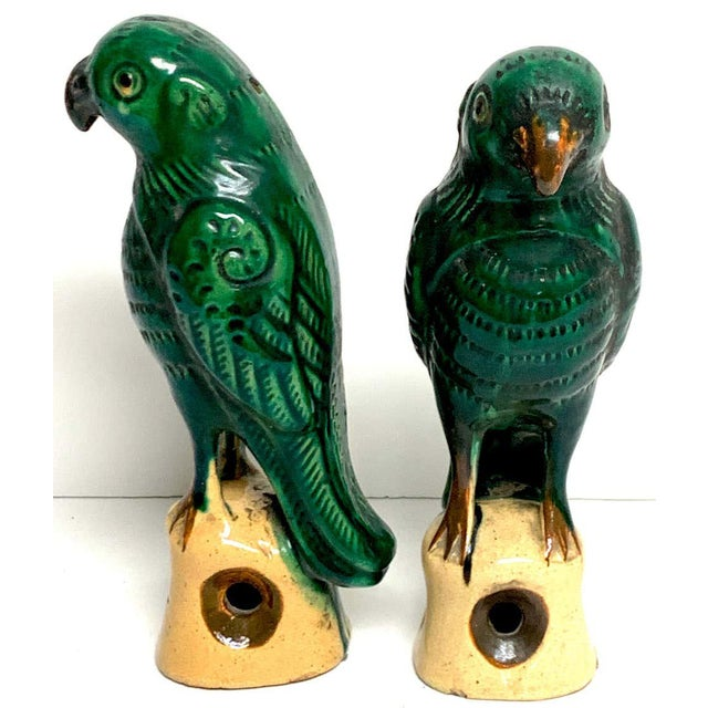 Green Pair of Chinese Export Porcelain Green Glazed Parrots For Sale - Image 8 of 12