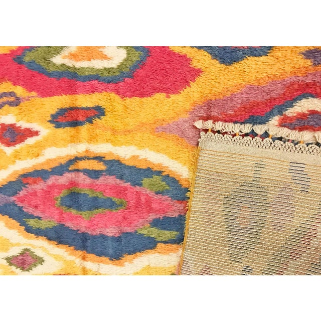 "Contemporary Nalbandian - 1960s Turkish Tulu Rug - 4'11"" X 8'9"" For Sale - Image 3 of 4"