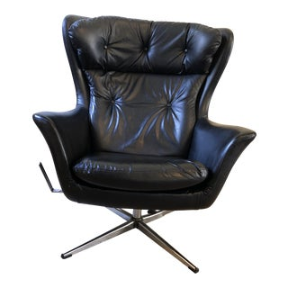 Arne Jacobsen Egg Style Reclining Swivel Chair For Sale