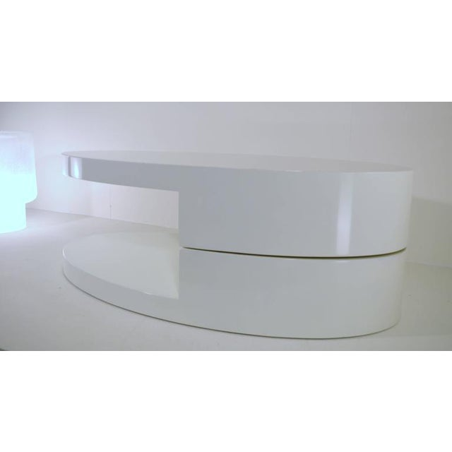 Mid-Century Modern Rotating Coffee Table in the Manner of Gabriella Crespi For Sale - Image 3 of 9