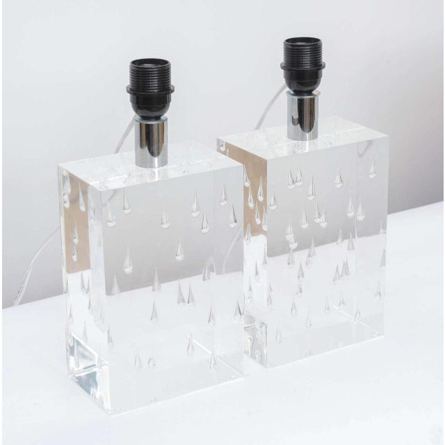 Early 20th Century Pair of Rare Thick and Lucite Block with Raindrop Lamps For Sale - Image 5 of 11