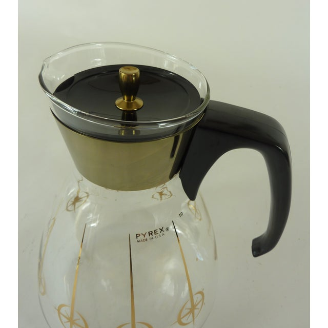 1960s Vintage 1960's Pyrex Glass Gold Atomic Starburst Large Glass Coffee Carafe For Sale - Image 5 of 13