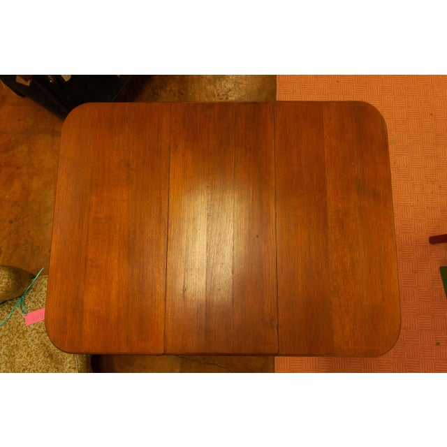 20th Century Traditional Oak Barley Twist Gate Leg Drop Leaf Table For Sale In Dallas - Image 6 of 11