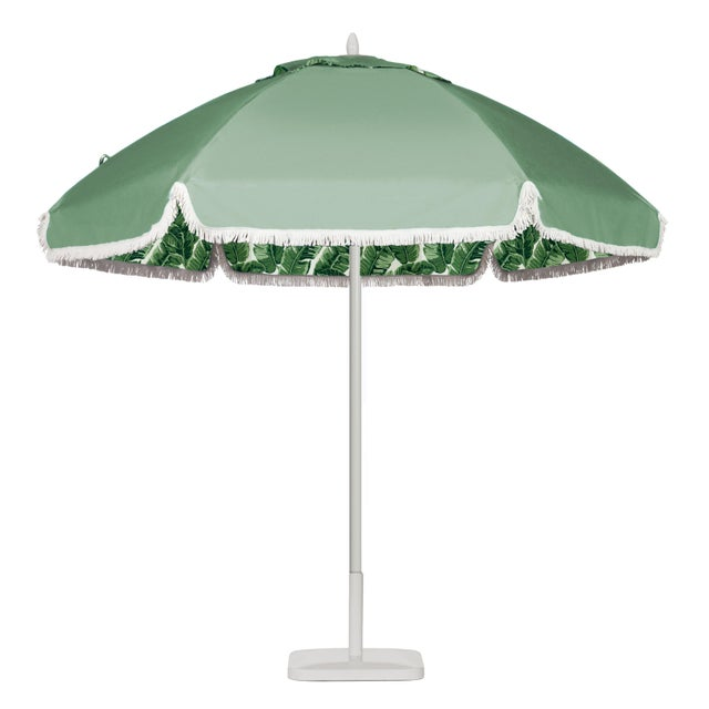 Beverly Hills Poolside 9' Patio Umbrella, Kelly Green & White For Sale - Image 4 of 4