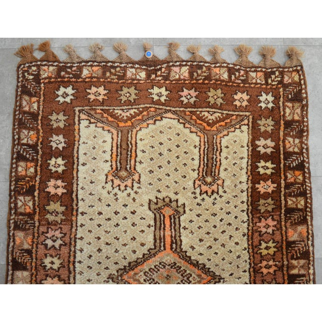 "Turkish Tribal Rug. Faded Colors Petite Kilim Rug - 3'6"" X 4'11"" For Sale - Image 9 of 12"