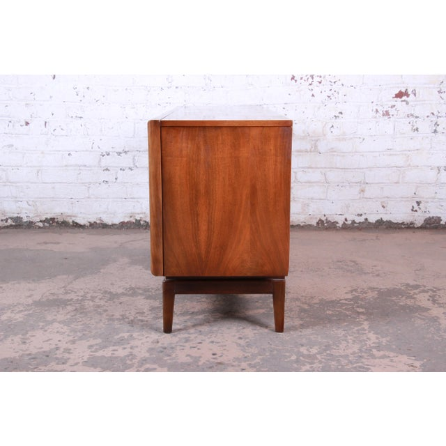 Mid-Century Modern Sculpted Walnut Diamond Front Triple Dresser or Credenza by United For Sale - Image 10 of 11