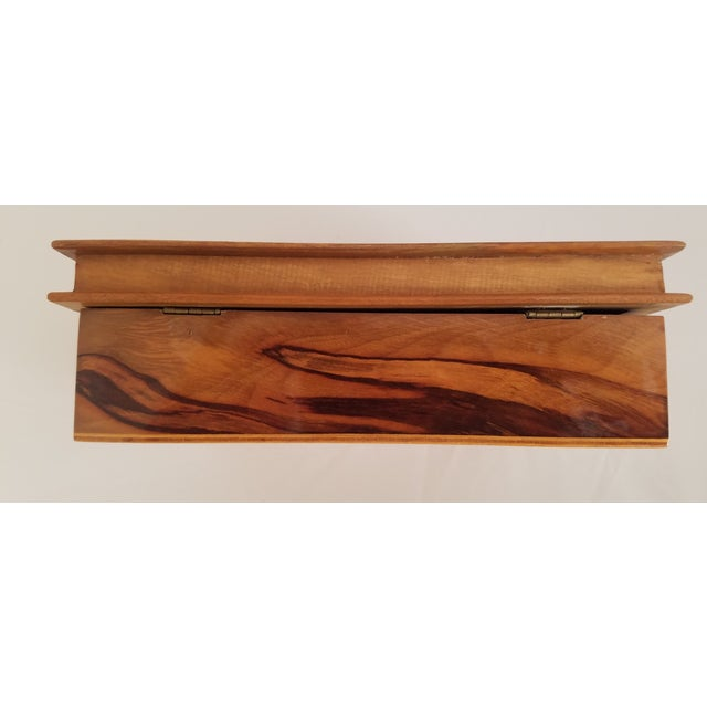 Late 19th Century English Olive Wood Sewing Spool Box For Sale - Image 9 of 10