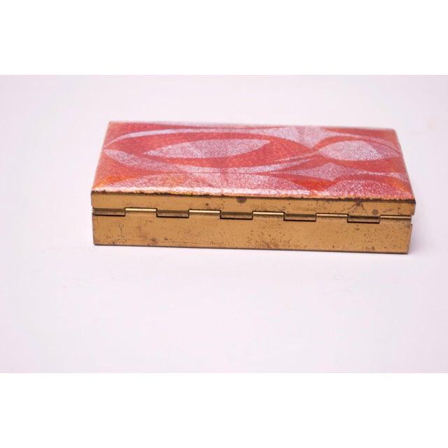 Mid-Century Modern Enamel and Brass Cigarette Holder / Trinket Box For Sale In New York - Image 6 of 10