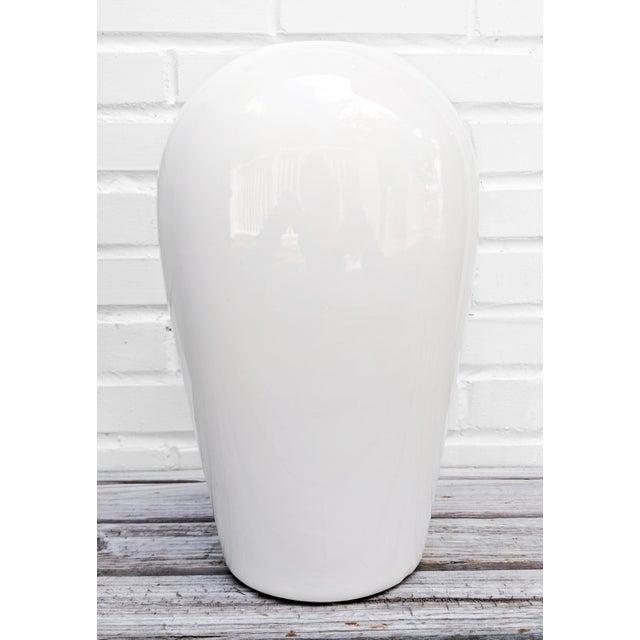 Mid 20th Century Haeger Modern White Vase For Sale - Image 5 of 6
