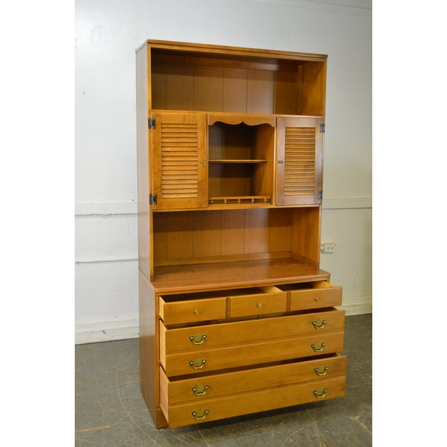 Ethan Allen Custom Room Plan Maple Hutch Top Chest of Drawers For Sale In Philadelphia - Image 6 of 11