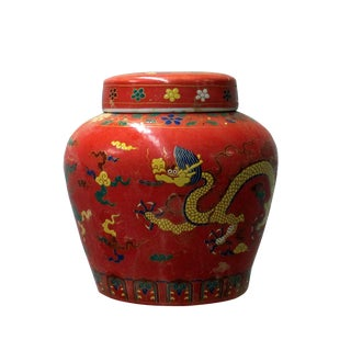 Chinese Red Porcelain Color Dragons Theme Urn Jar Container For Sale