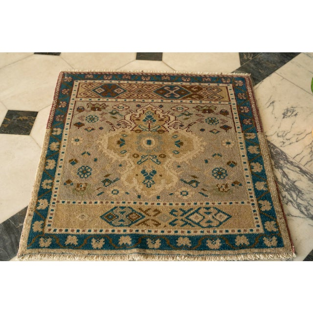 "1950s Vintage 'Verrill' Turkish Oushak Rug- 2'3"" x 2'3"" For Sale In Birmingham - Image 6 of 6"