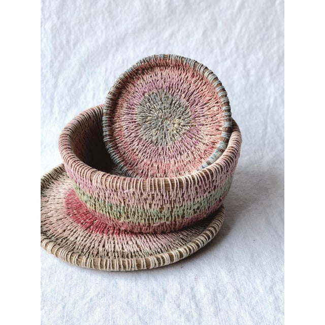 American Primitive Woven Pine Needle Basket Trio - Set of 3 For Sale - Image 3 of 8