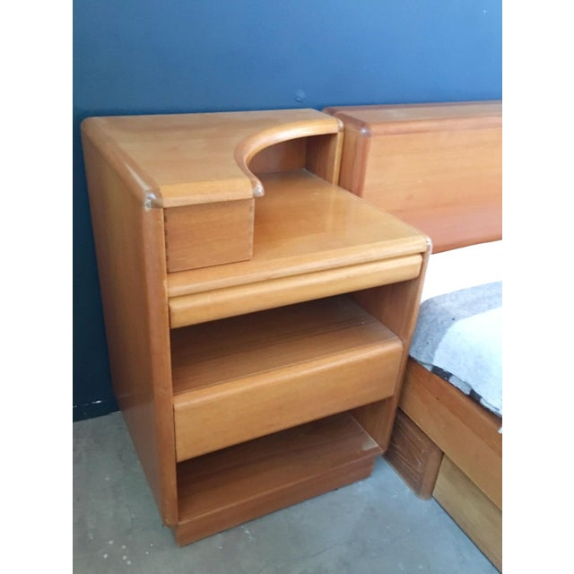 Mid-Century Brouer Platform Bed & Nightstands - Image 6 of 9