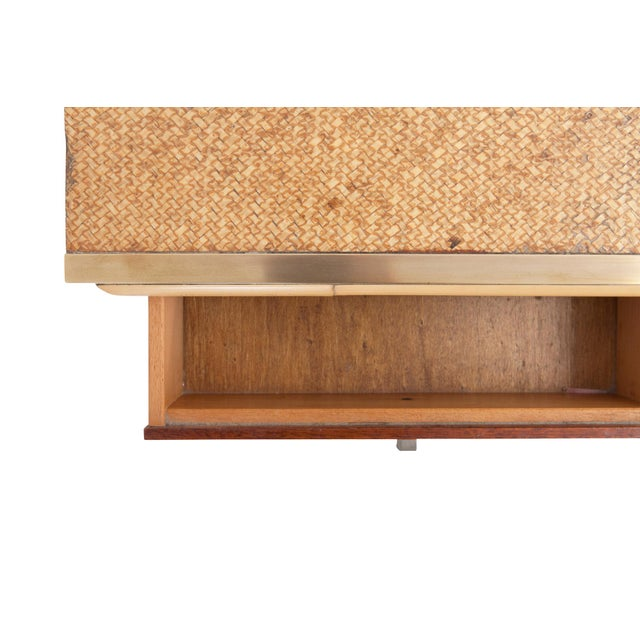 Brown Brass and Wicker Vivai Del Sud Pair of Night Stands or Side Tables For Sale - Image 8 of 9