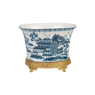 Oval Blue and White Blue Willow Porcelain Flower Pot For Sale