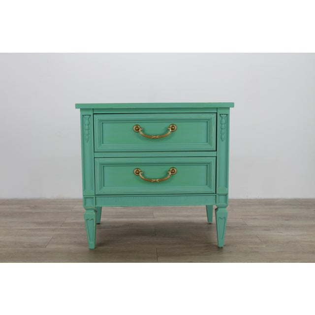 1960s Mid Century Neoclassical Style Nightstand, Green Nightstand For Sale - Image 5 of 11
