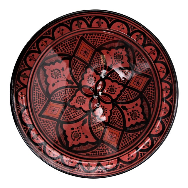 Moroccan Handpainted Medium Rose Ceramic Plate For Sale