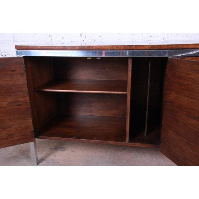 Metal Tomlinson Mid-Century Modern Burl Wood and Chrome Sideboard Credenza, 1970s For Sale - Image 7 of 13