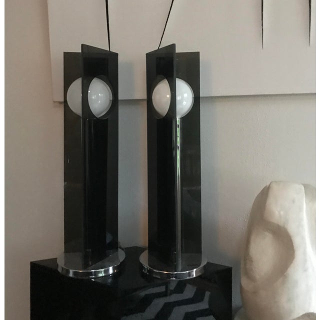 Mid Century Modern 1970s Smoked Lucite and Chrome Table Lamps a Pair For Sale - Image 4 of 5