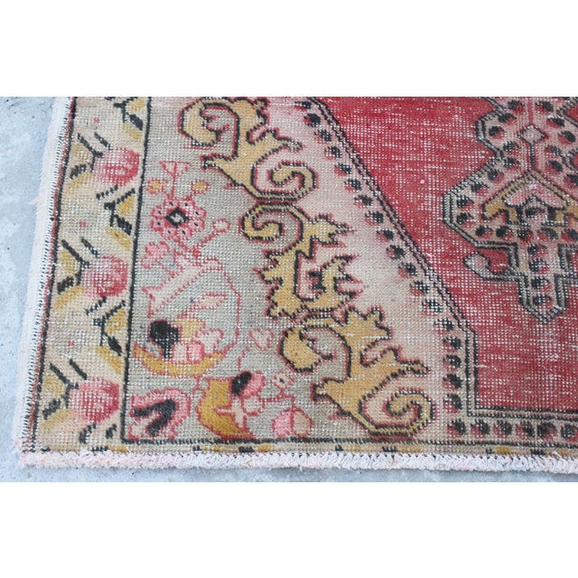 Turkish Rug Austin: Turkish Anatolian Vintage Faded Oushak Rug