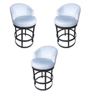 Round Tubular Chrome Bar Stool W/ Swivel Seat - Set of 3 For Sale